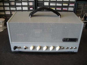 kevin's finished amp front